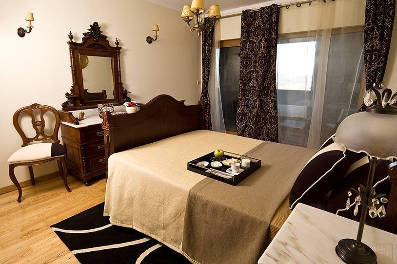 北葡萄牙葡萄莊園別墅臥室布局