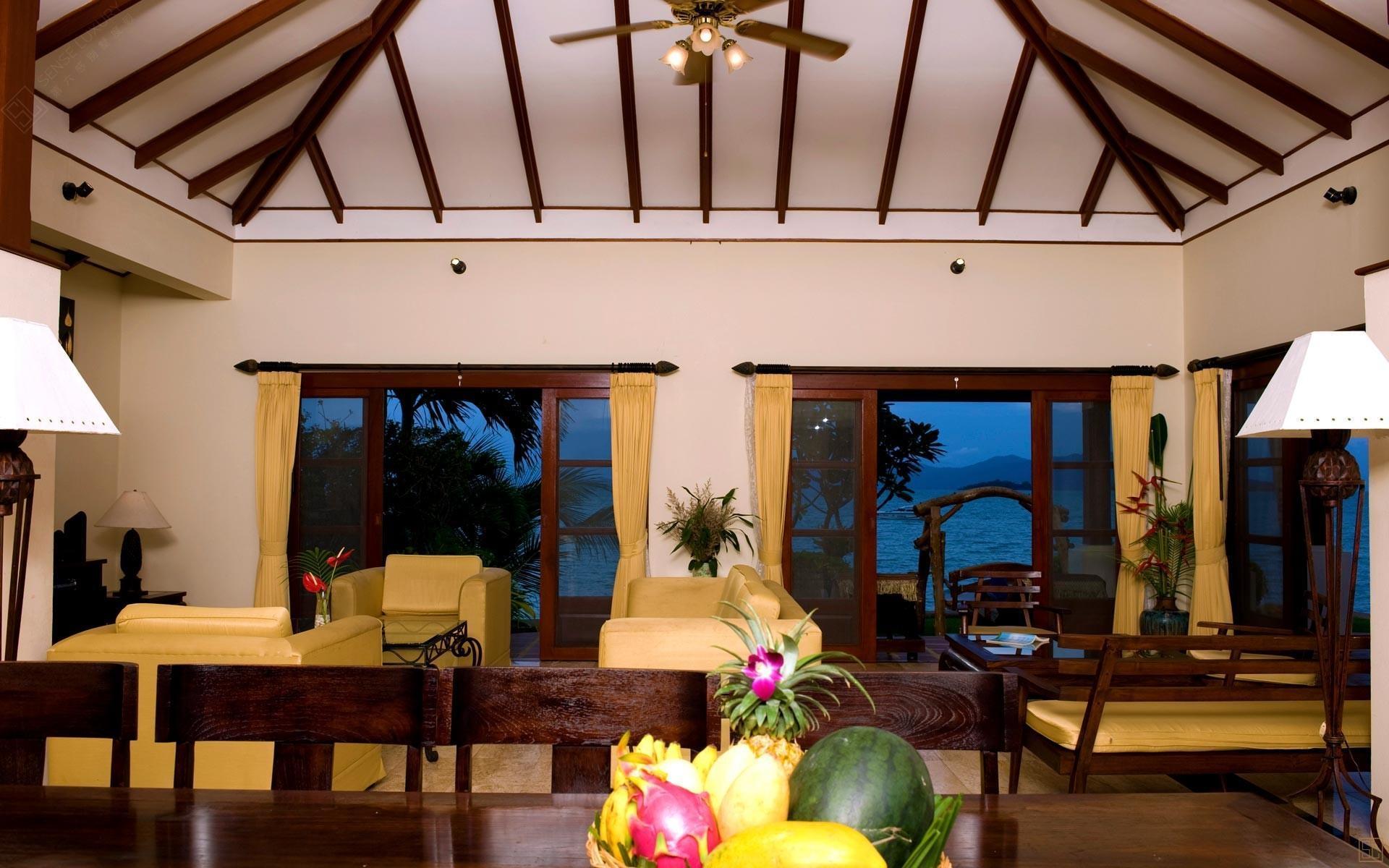 泰国苏梅岛密斯卡湾罗望子别墅客厅内景
