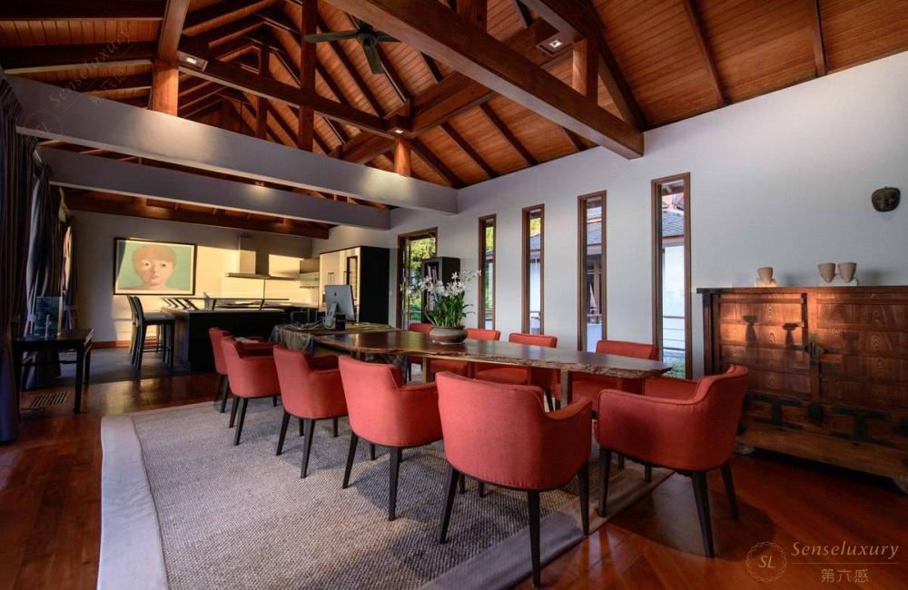 泰国普吉岛瑞卡塔湾别墅 圆桌