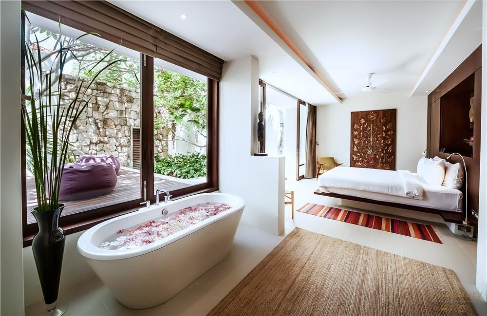 泰国苏梅岛晗茵别墅浴缸