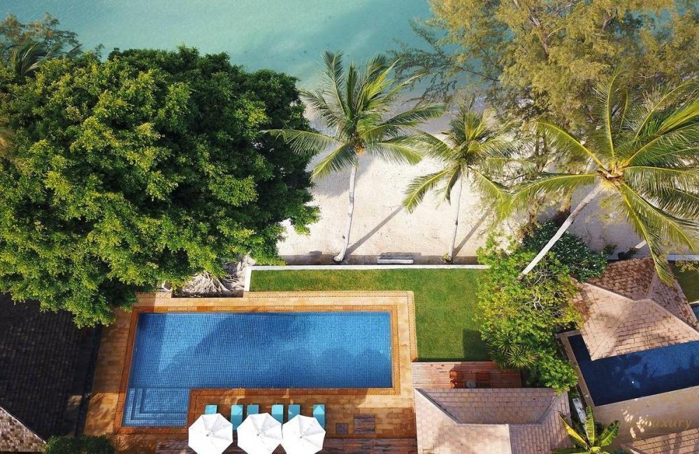 泰国苏梅岛维玛丽别墅泳池
